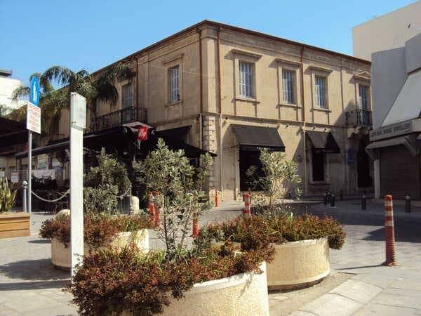 Larnaca-Ermou-Square