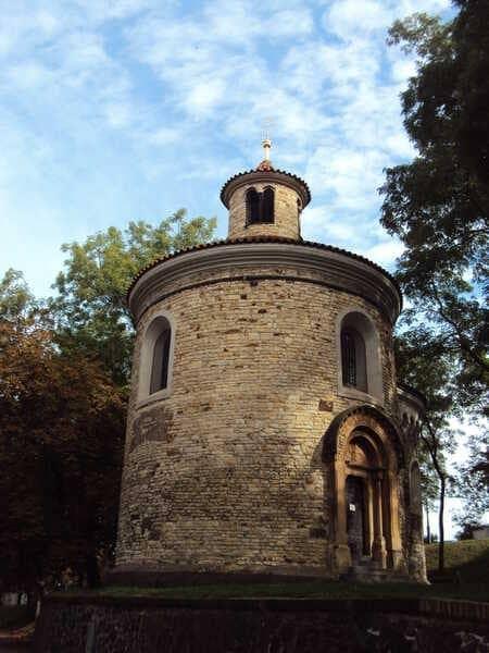 Прага Ротонда Святого Мартина в Вышеграде