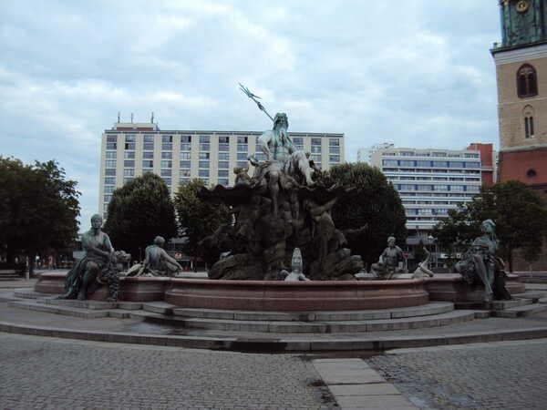 Berlin-Fountain-Neptune