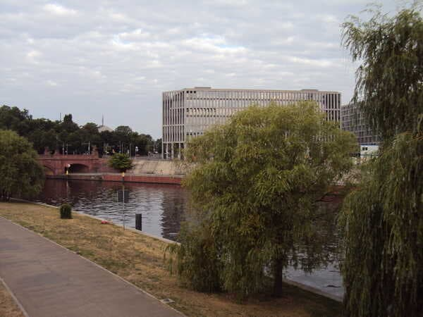 Berlin-Spreebogenpark