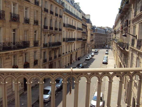 улочка в Париже