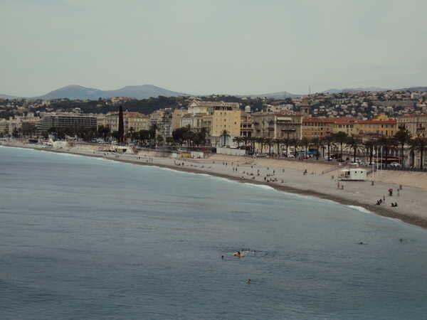 Бесплатный пляж в Ницце