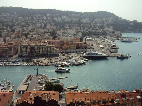 Вид на порт в Ницце